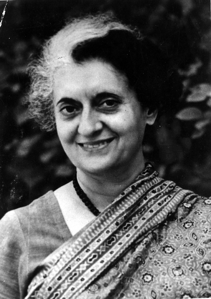 Biography of indira gandhi tribute to indra gandhi - Prime minister of india office address ...